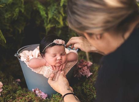 """Como transmitir """"Segurança e Tranquilidade"""" para os papais no ensaio newborn."""