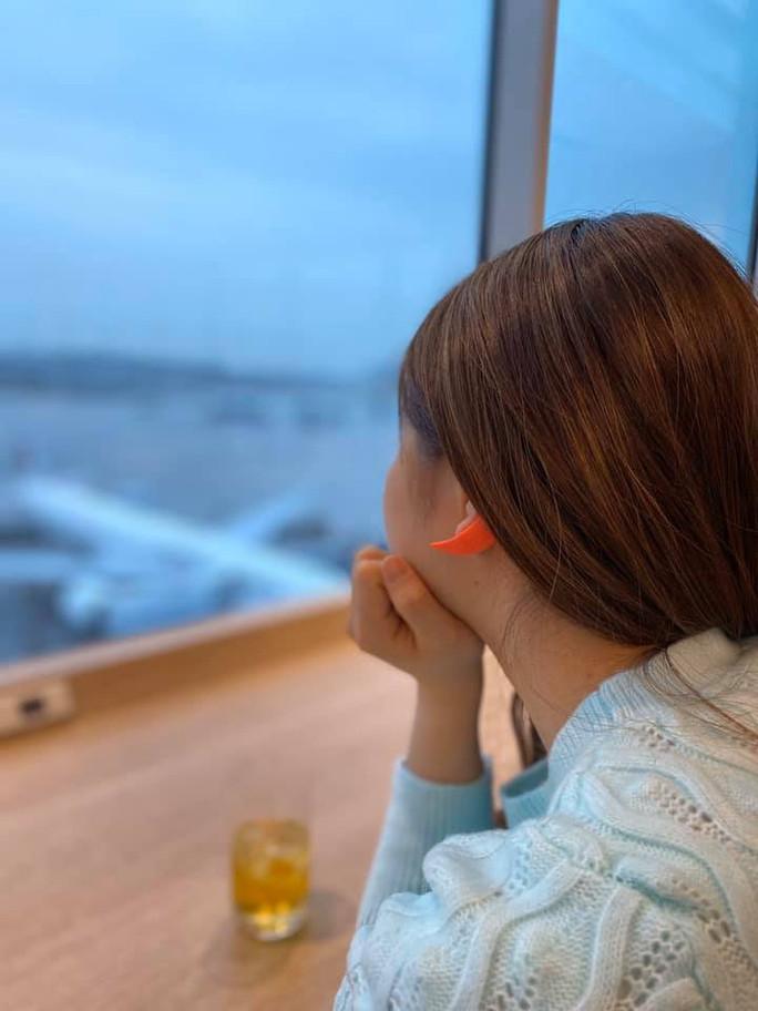 飛行機頭痛にはearhook