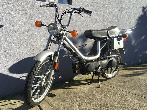1979 Vespa Grande Moped
