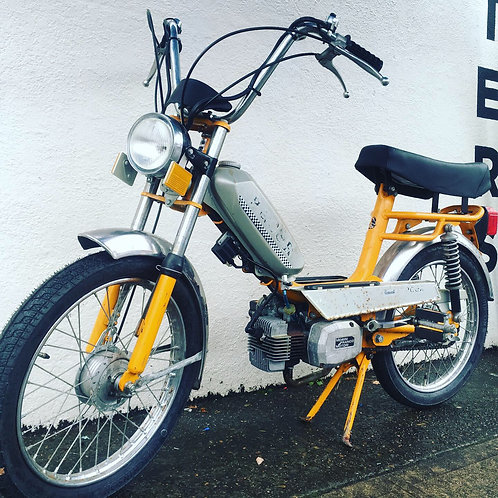 1977 Pacer Deluxe Moped