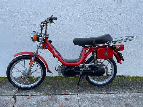 1980 Vespa Grande Deluxe Moped