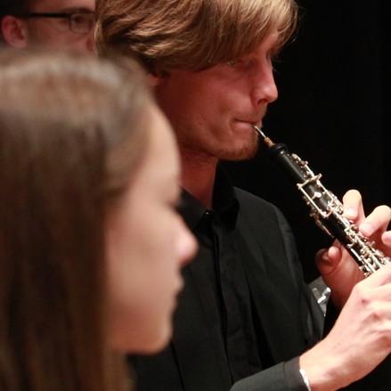 Oboe Ouverture.00_09_32_18.Standbild001.