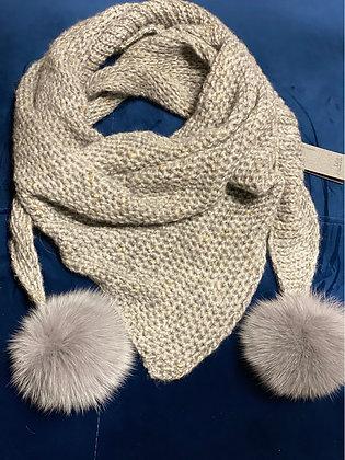 Châle en laine gris clair