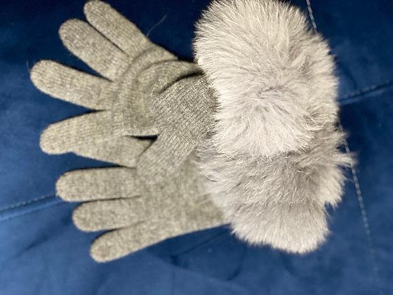 Jolie paire de gants gris