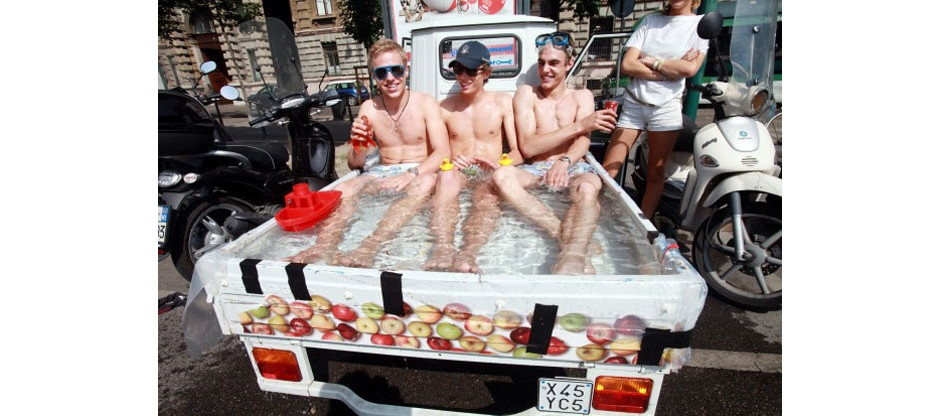 Piaggio Ape bath