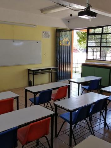 Salón de primaria baja