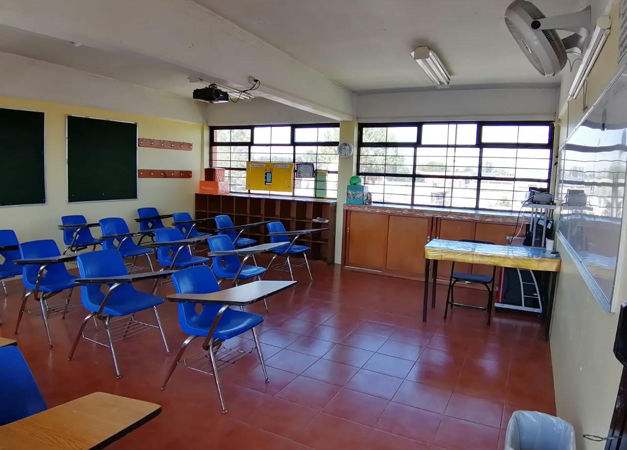 Salón primaria alta