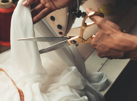 Father of the bride – here comes the gown!