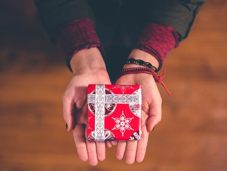 How to survive a holiday gift exchange