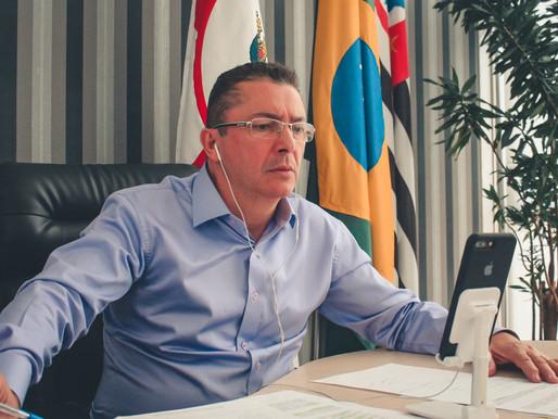 Projeto que cria a Frente Parlamentar de acompanhamento da vacinação contra Covid-19 é aprovado