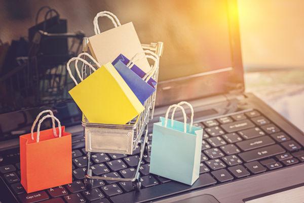 Stock_Online Shopping_575822173.jpg