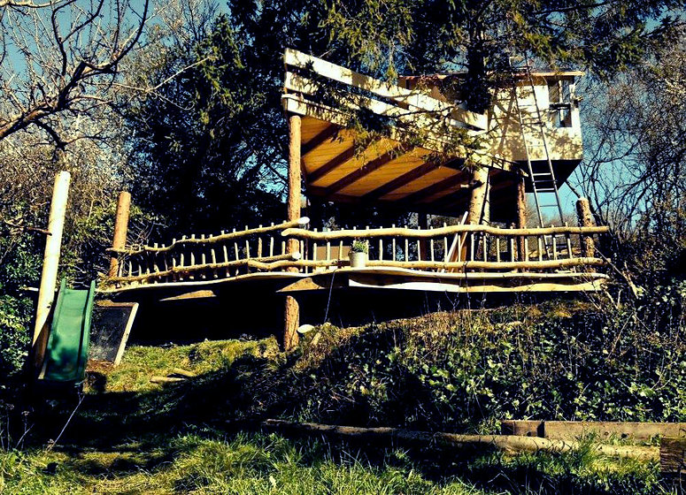 multi level reclaimed wood treehouse play den eco friendly builders gloucestershire uk