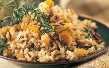 plato de arroz con frutos secos