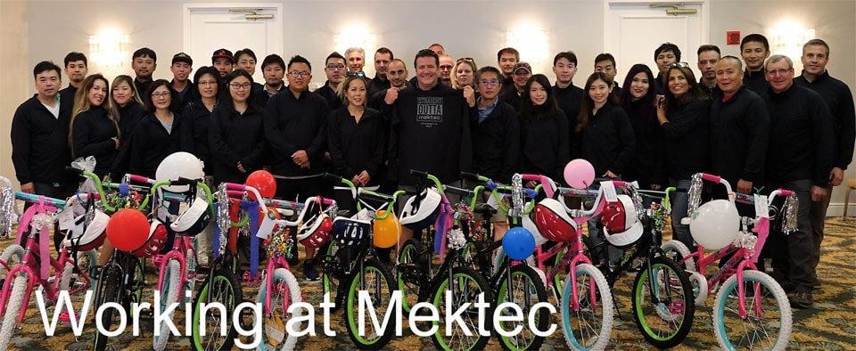 working_at_mekteck1.jpg