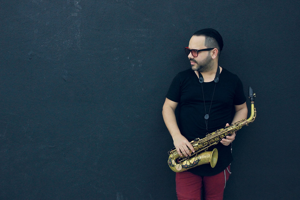 yainerhorta.com yainer horta cuban saxophonist composer music producer miami usa