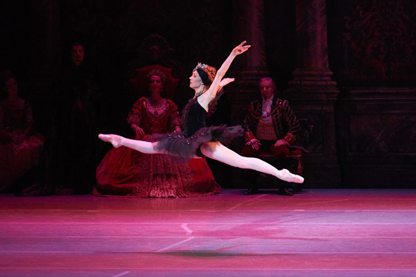 Kate_dance6