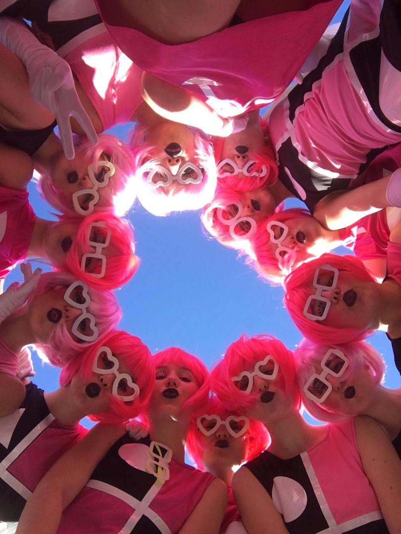 chicas pop carnaval ibiza