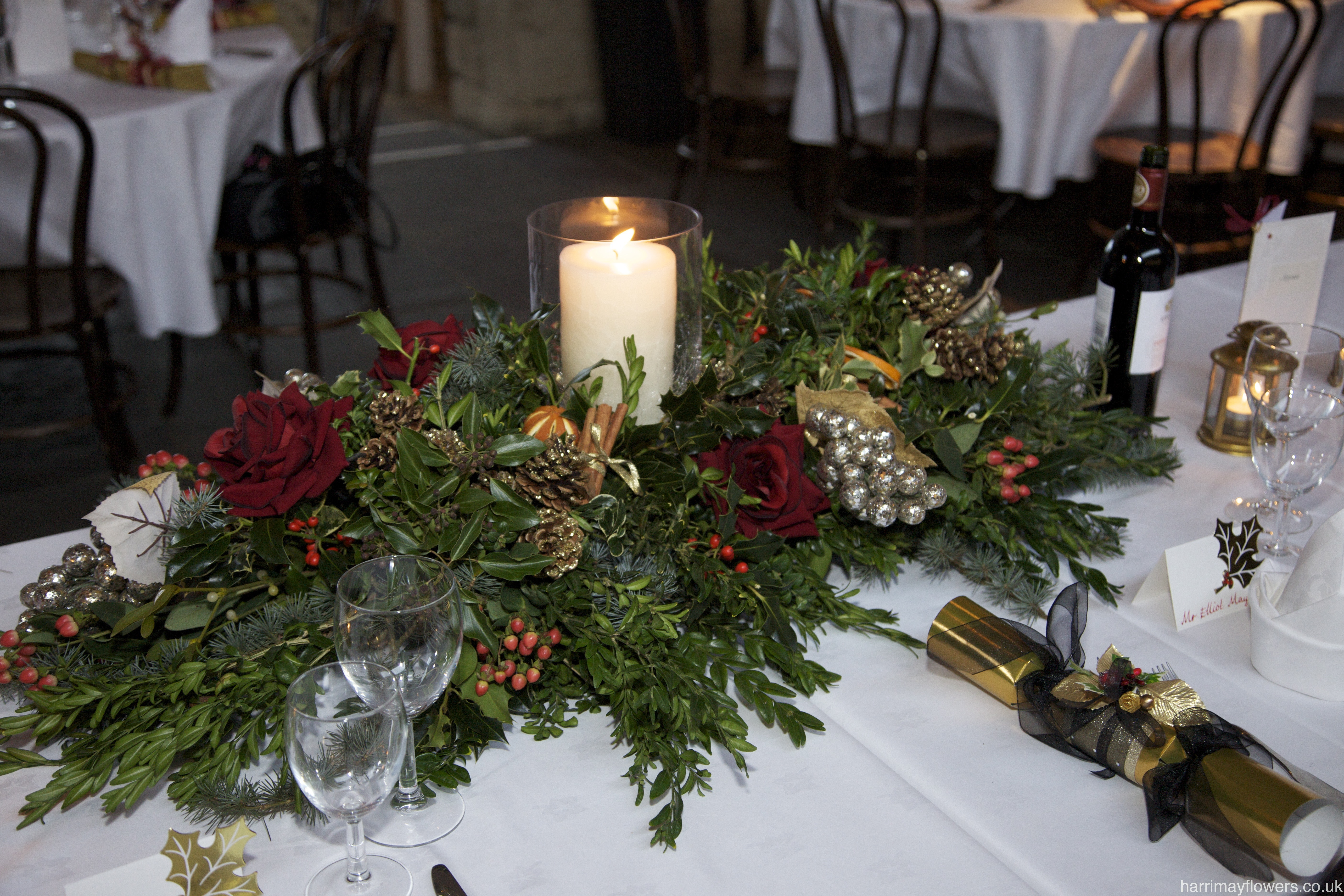 Winter Red Top Table
