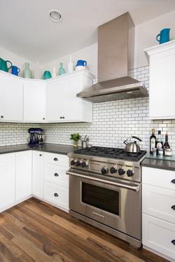 7__kitchen2_EMD2016-659_highres.jpg