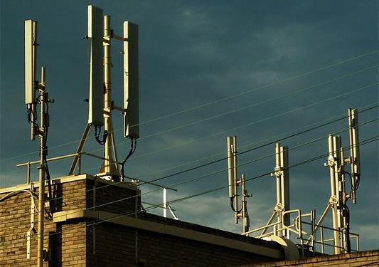 Dak vol antennes.jpg