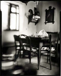 14 Terezka (Table with chairs)