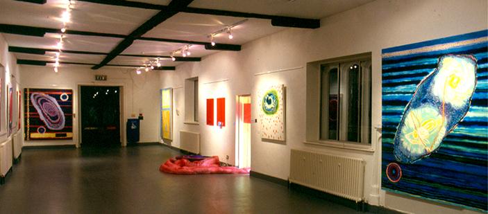 'Oscillations' 2000