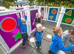 Techsport se spécialise dans la conception de terrains de jeu qui sont toujours plus inclusifs, afin que tous les enfants puissent jouer ensemble et se faire de nouveaux amis.