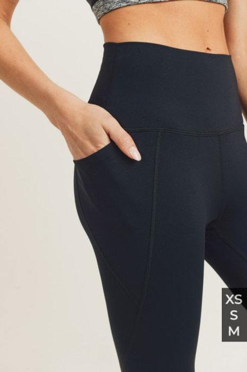 Highwaisted Side Pocket Leggings