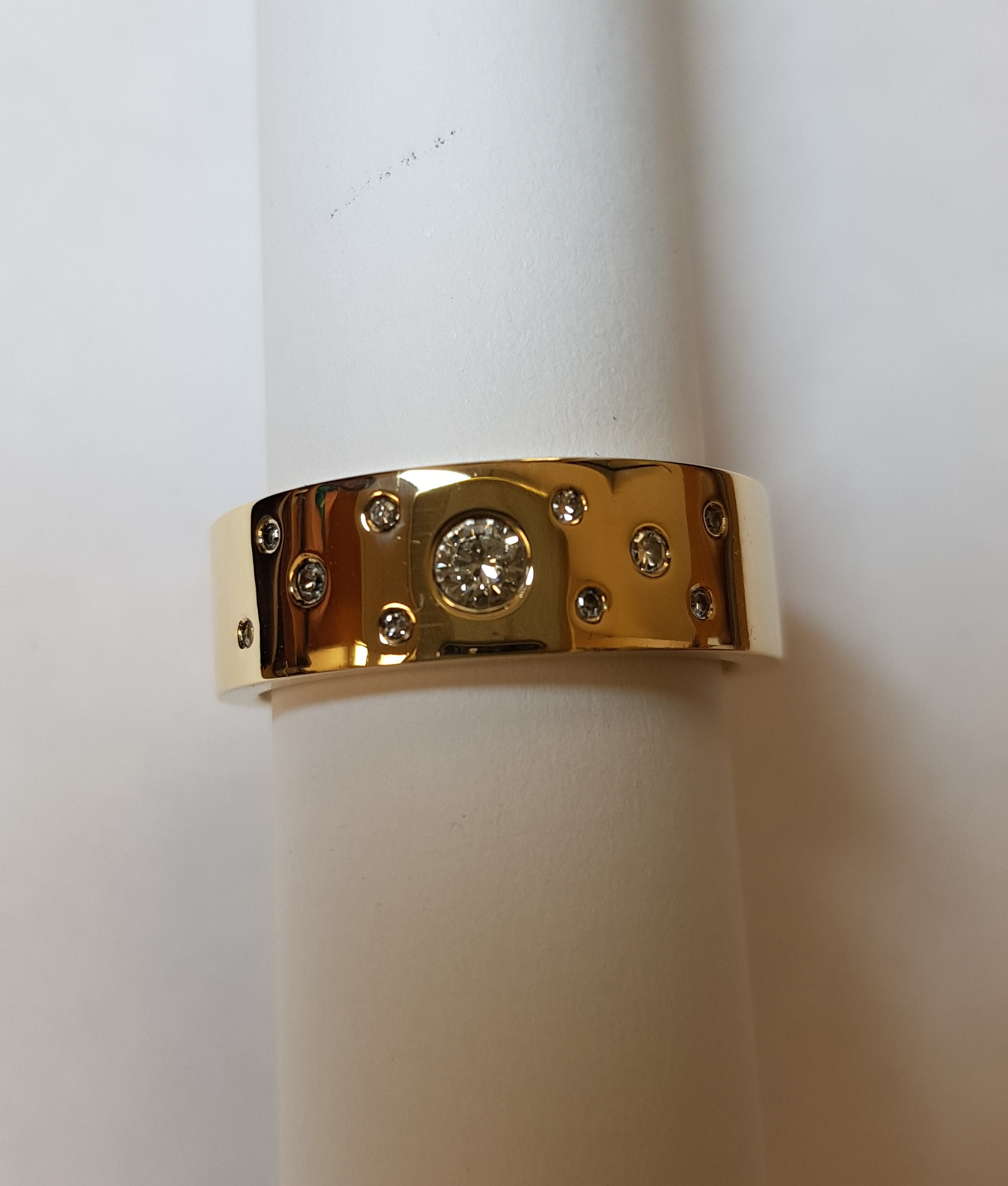Multi Diamond Band