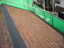 川崎市多摩区 屋根葺き替えリフォーム 施工中 ルーフィング 軒先 棟