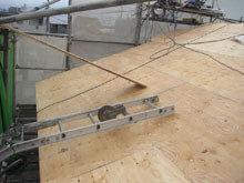 川崎市 高津区 新規屋根野地板 施工 荷揚げ用 昇降機