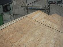 川崎市 高津区 新規屋根野地板 施工 段違い棟