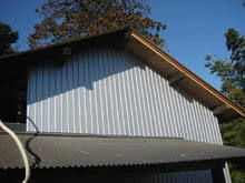 東京都稲城市 下屋根 外壁波板リフォーム 施工後