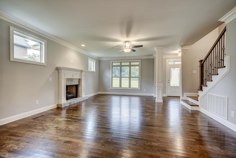 Leslie Ann Living Room