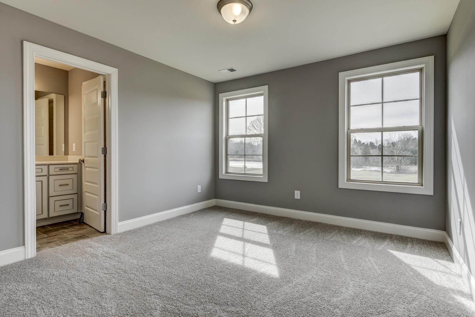 Stonington Bedroom w/ Bathroom