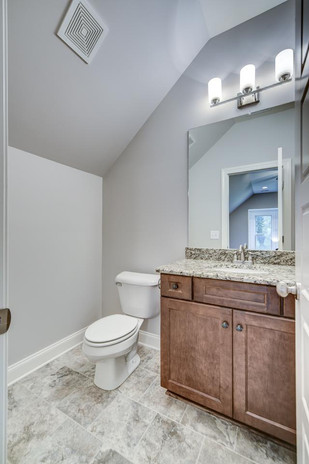 Leslie Ann Bonus Room Bathroom