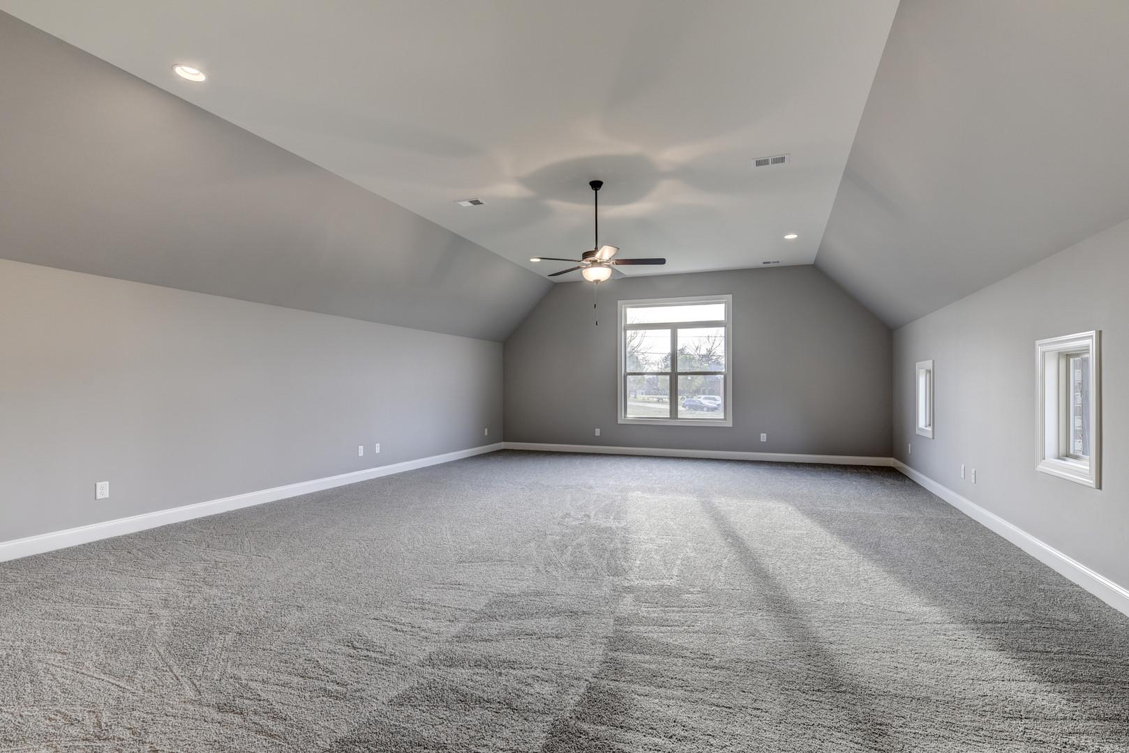 Lawson Bonus Room