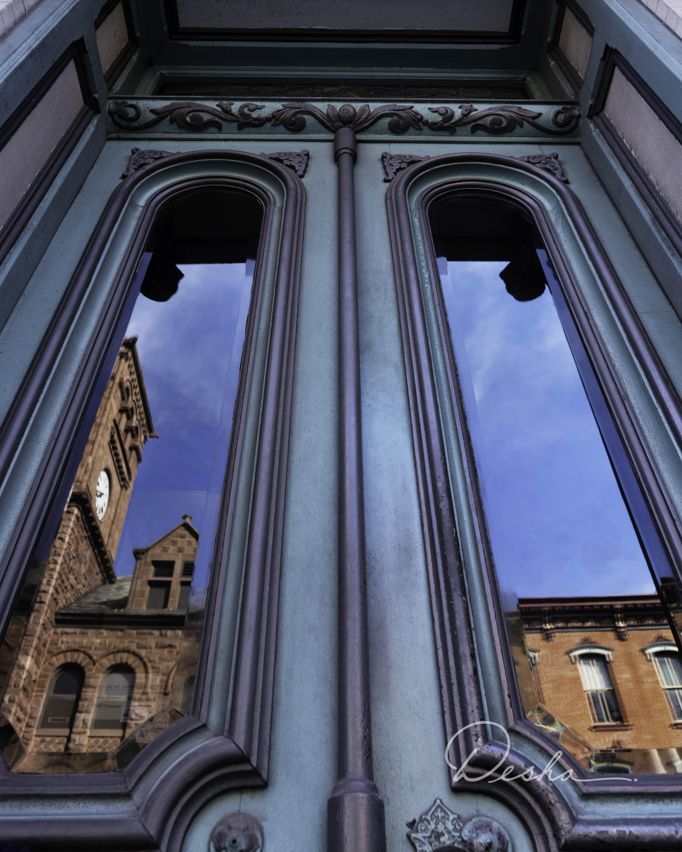 Doors & Reflections i