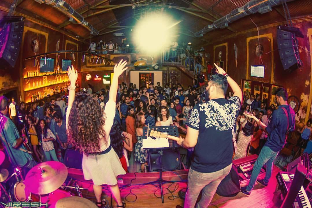 Live at Showbar