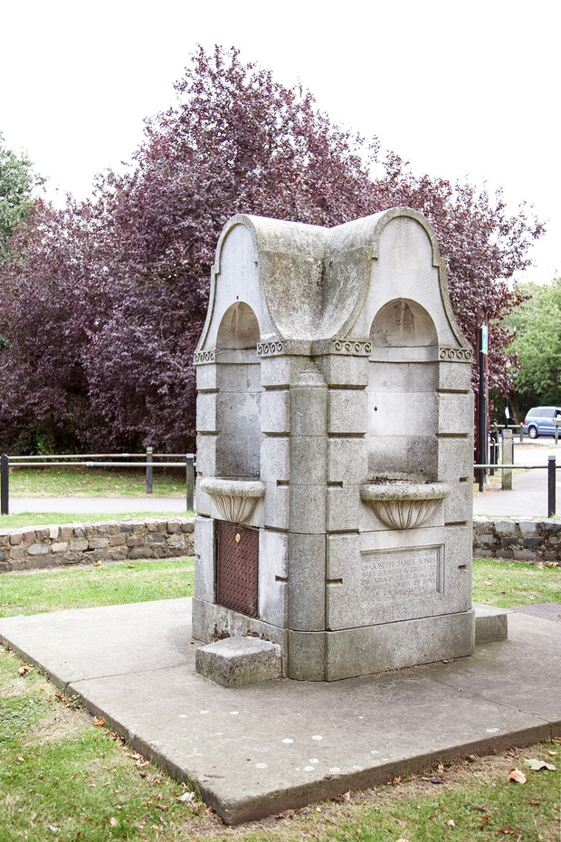 Restoration begins on historic Tooting Common drinking fountain