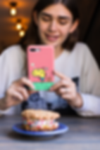 iphone-case-mockup-featuring-a-pretty-gi