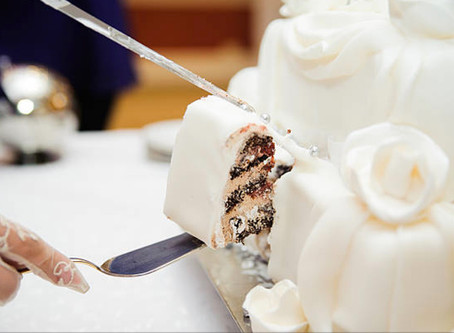 IS CAKE CUTTING A MUST?