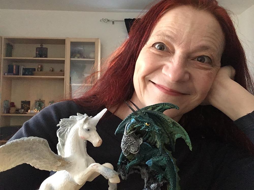 Monica Canducci - Dragons & Unicorns