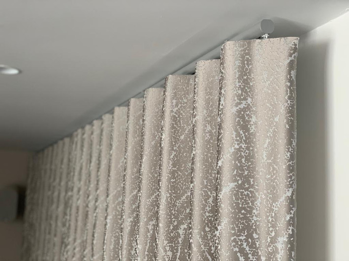 Rodgers and Co luxury curtains blinds Ma