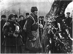 Near L. N. Tolstoy's grave