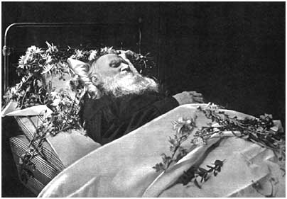 L. N. Tolstoy on his deathbed