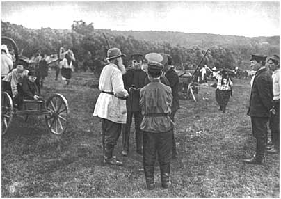 L.N. Tolstoy with peasants at a fair