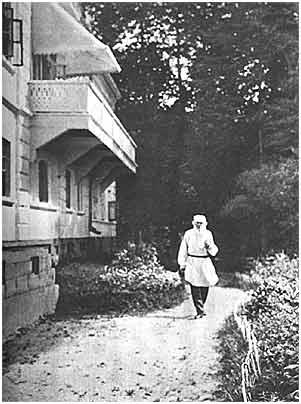 L. N. Tolstoy. Iasnaia Poliana, 1907