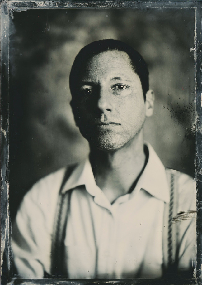 WET PLATE COLLODION SHOOTING: Eddie Luis