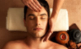 FACIAL-TREATMENT-Gentlemens-hot-towel-fa